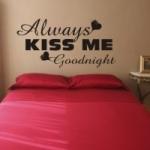 Welurowe napisy na ścianę po angielsku Always kiss me W4