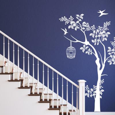 Naklejka na ścianę do pokoju i na korytarz drzewo z klatką i ptaszki