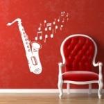 Welurowa naklejka ścienna Saksofon z nutami W14